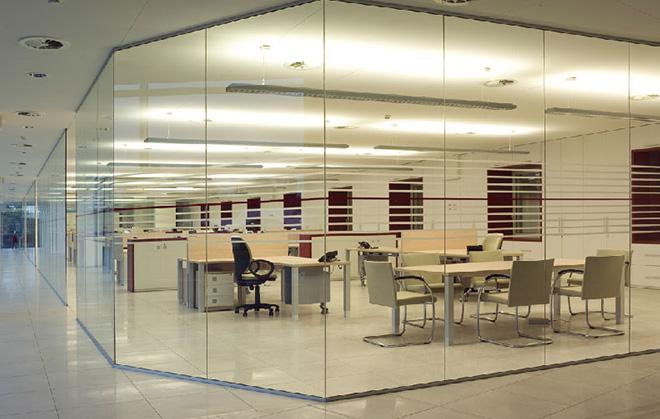 Arredamenti per uffici novara arredamenti 2d for Arredamenti per locali commerciali